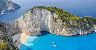 world best sea beach--Jamaica. Matira Beach, Bora Bora, French Polynesia. Palm Beach, Aruba. Reduit Beach, St. Lucia. El Nido, Palawan, Philippines.